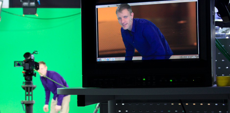 Dreh in der Greenscreen mit Monitor